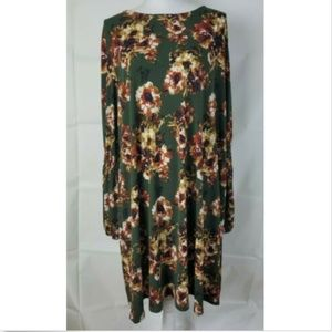 RK Size 22W Long Sleeve dress green floral stretch